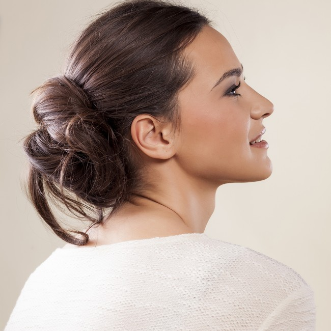 how to make a messy hair bun with long hair